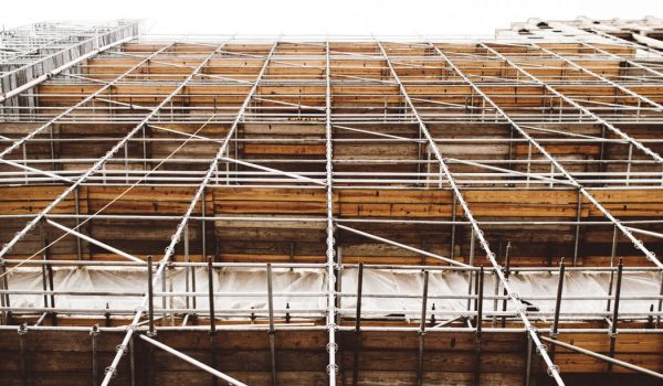 Hiring Scaffolding Vs. Buying Scaffolding