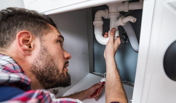 Things That Can Go Wrong If You Put Off Calling A Plumber